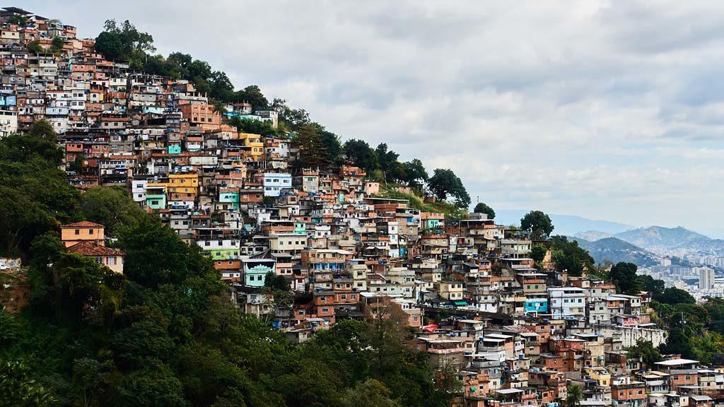 Favelan Rocinha i Rio de Janeiro i Brasilien.