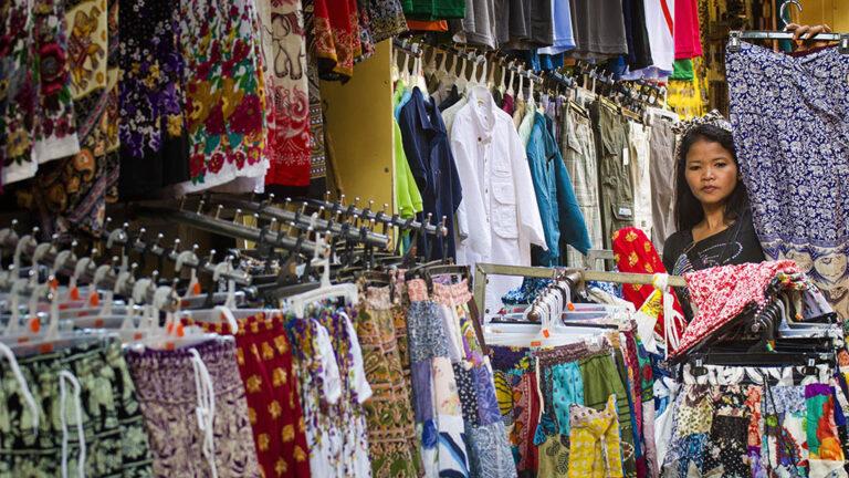 Klädbutik i Kambodja