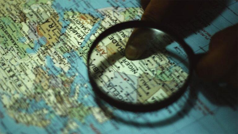 Karta med förstoringsglas